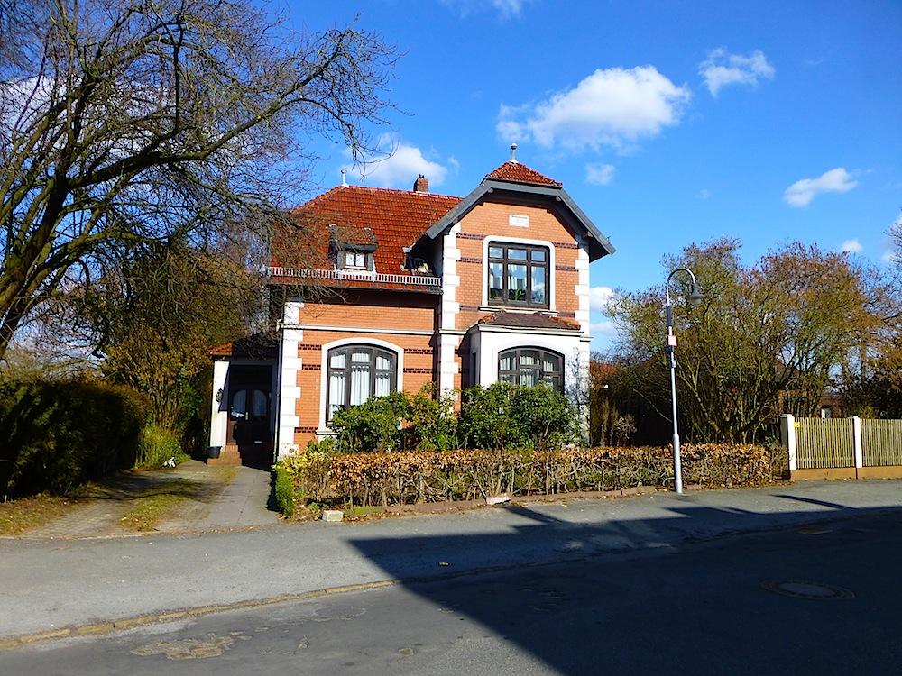 Spaziergang durch Bremen-Blumenthal: Zahlreiche architektonische Kleinode fesseln den Betrachter...