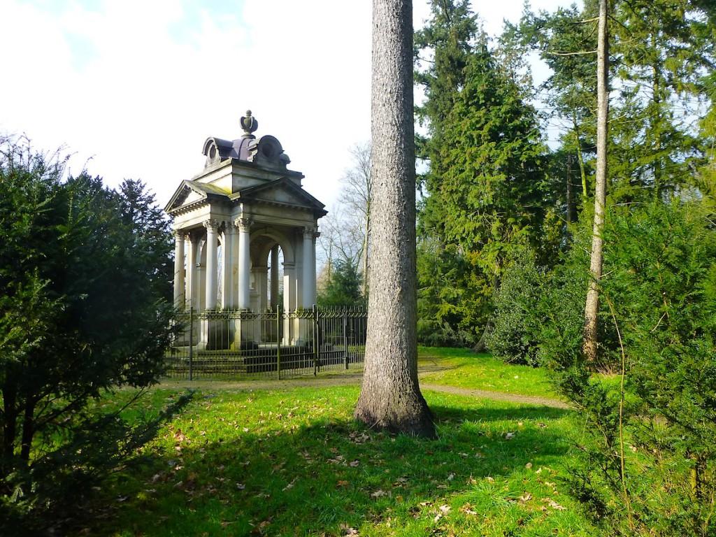 Spaziergang durch Blumenthal: Im Wätjens Park wird die Vergangenheit Bremen-Blumenthals wieder lebendig...